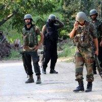 आतंकवादी हमलों में भाजपा और पुलिसकर्मी घायल
